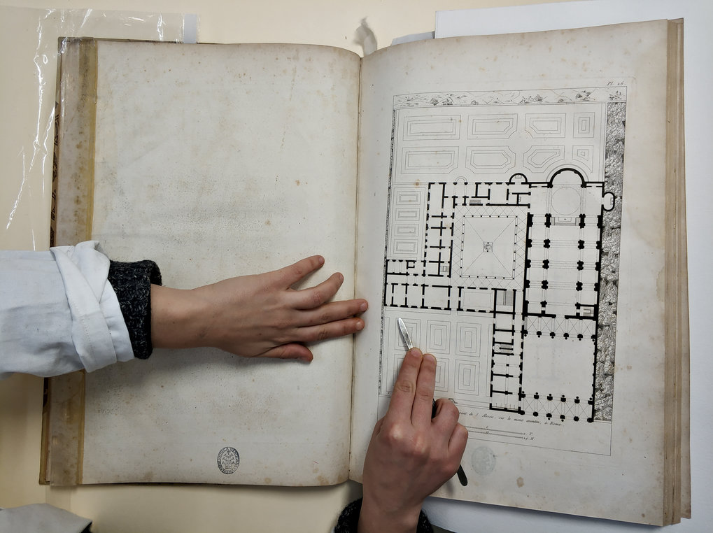 Rare books as a cultural heritage: conservation and documentation