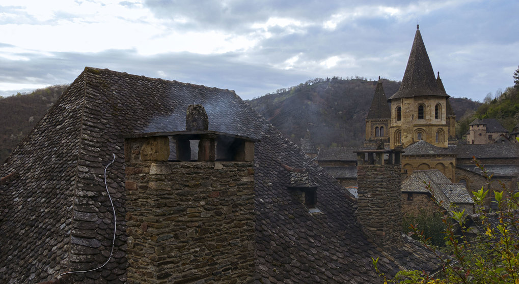 Conques in the Global World. Transferring Knowledge: From Material to Immaterial Heritage